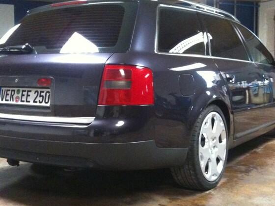 Audi A6 Avant (Audi A6 C4)