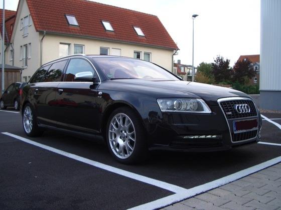 Mit original Audi Spiegelkappen.....